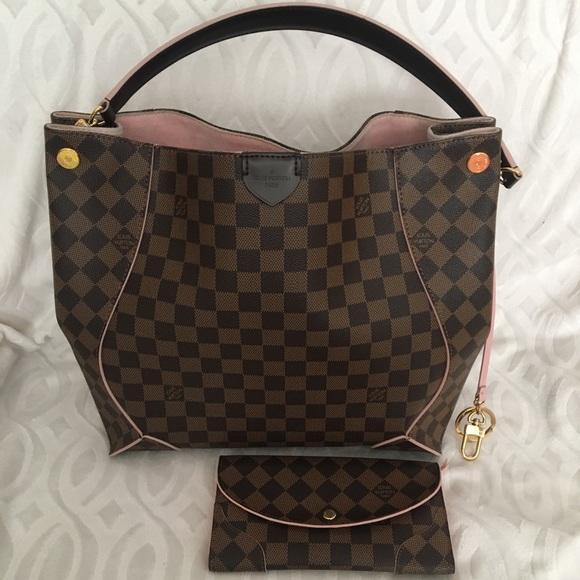 Louis Vuitton Handbags - Louis Vuitton caissa hobo w/ wallet